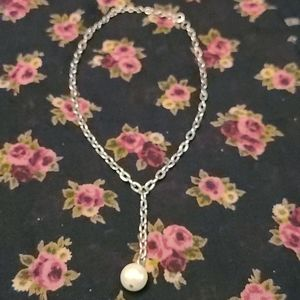 Silver tone with faux pearl choker necklace